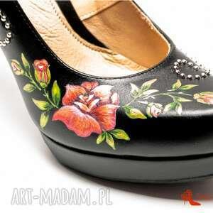 srebrne buty malowane góralskie malowanki