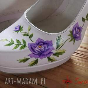 róże buty góralskie malowanki fioletowe