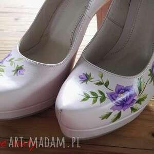 różowe buty folk góralskie malowanki fioletowe