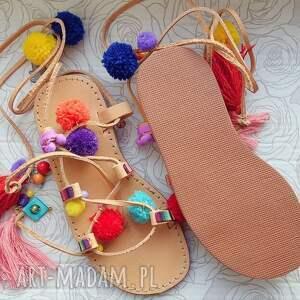 MroSoutache 36 - Kolorowe rzymianki z pomponami w stylu boho