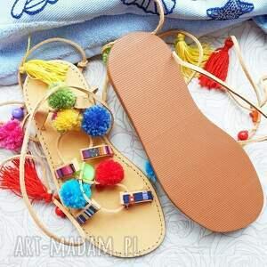buty rzymianki 39 - kolorowe z pomponami