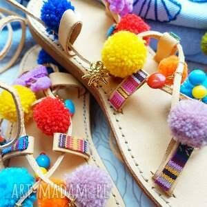 buty rzymianki 40 - kolorowe z pomponami