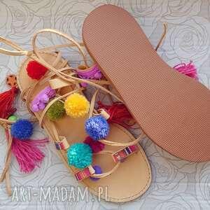 nietuzinkowe buty rzymianki 39 - kolorowe z pomponami