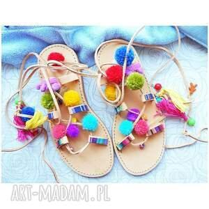 buty sandały 40 - kolorowe rzymianki z pomponami