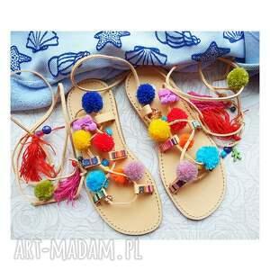sandały 40 - kolorowe rzymianki z pomponami