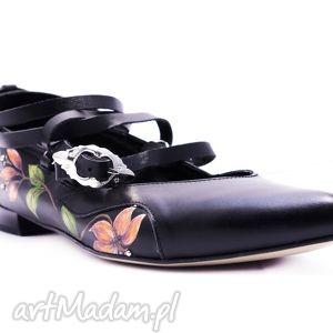 hand-made buty góralskie malowane katarzynki