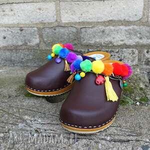 buty drewniaki niepowtarzalne tęczowe boho