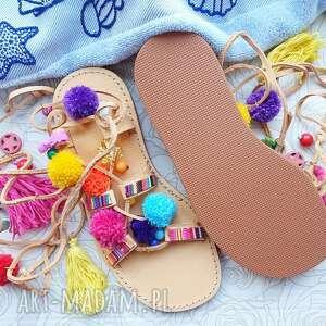 buty rzymianki 37 - sandały z pomponami