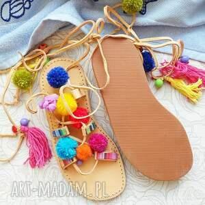buty rzymianki 36 - sandały z pomponami