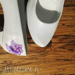 fioletowe buty folk ślubne szpilki z fioletowym kwiatem
