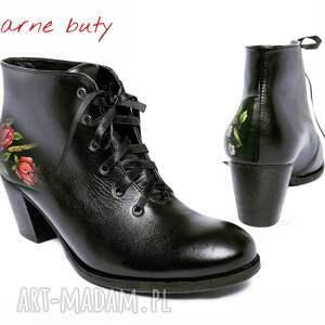 handmade buty folk sznurowane botki malowane w kwiaty