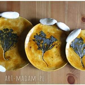 ceramika ptak komplet miodowych talerzyków