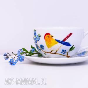 ceramika filiżanka malowana rajski ptak