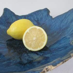 ręcznie zrobione ceramika miska-ceramiczna granatowa miska jak skała