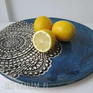 gustowne ceramika ceramiczny granatowa patera z koronką