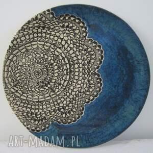 ceramika talerz granatowa patera z koronką