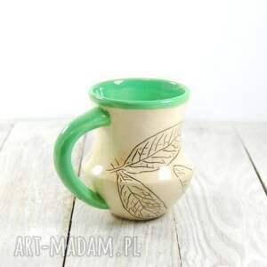 beżowe ceramika do-kawy kubek ceramiczny sgraffito