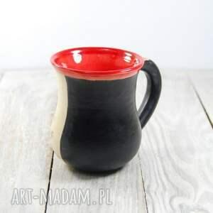 czarne ceramika dzień-kobiet kubek ceramiczny sgraffito kot na