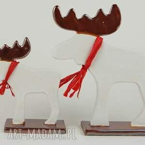 na święta upominek łoś świąteczny