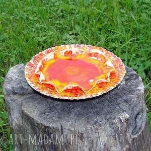 ręczne wykonanie ceramika patera bardzo ozdobna, niewielkich rozmiarów