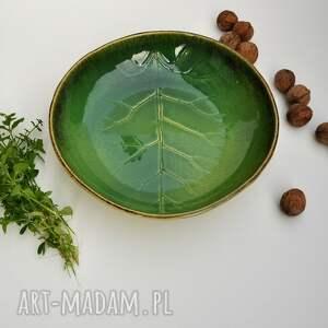 beżowe ceramika misa liść