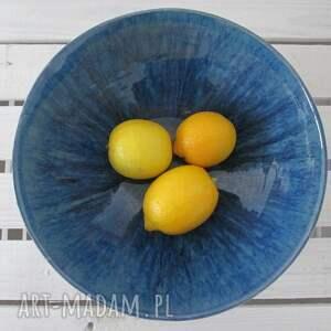 hand-made ceramika modernistyczna misa z granatowym środkiem