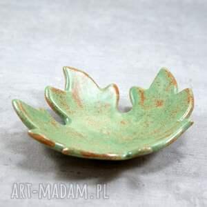 zielone ceramika miseczka liść klonu