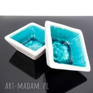 turkusowe ceramika miseczki kwadratowe turkus z bielą