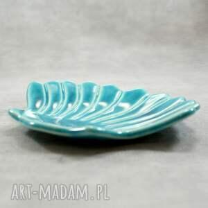 ceramika mydelniczka muszla