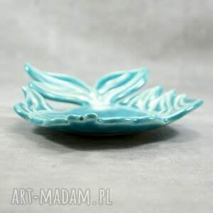 hand made ceramika mydelniczka ceramiczna welon. wykonana z białej