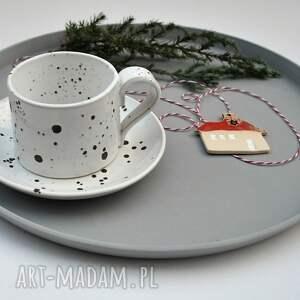 ręcznie zrobione ceramika nakrapiana filiżanka