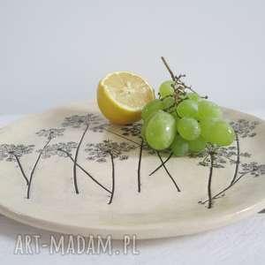 awangardowe ceramika dekoracyjna patera z roślinami baldachami