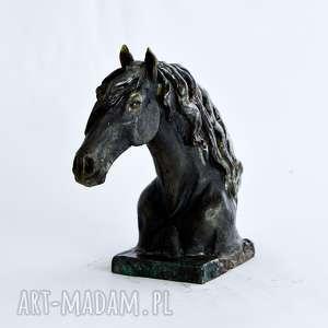 unikalne ceramika rzeźba popiersie konia fryzyjskiego |