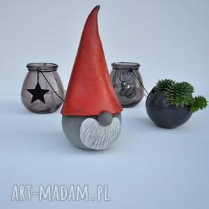 Ceramika Tyka upominki świętaŚwiąteczny skrzat ceramiczny - Gnom, krasnal, mikołaj