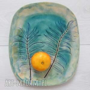 handmade ceramika talerz roślinny turkusowy