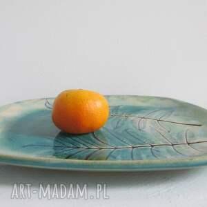 handmade ceramika talerz ceramiczny turkusowy roślinny