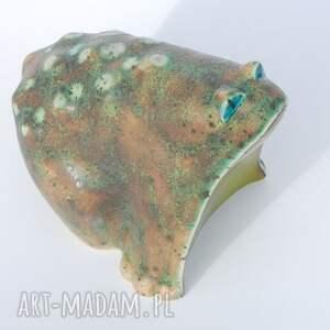 ceramika figurki żabcia puszysta