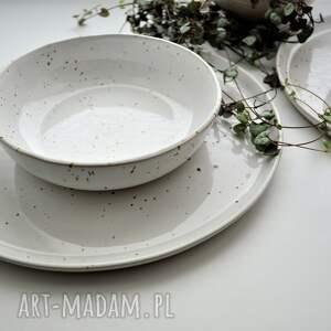 białe ceramika talerz zestaw ceramiczny nakrapiany