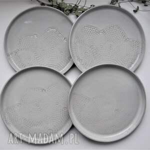 ceramika zestaw deserowych talerzy z koronk&#261