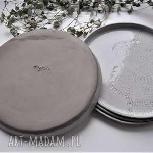 talerz ceramika zestaw deserowych talerzy z koronk&#261