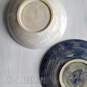 Kate Maciukajc ceramika: Zestaw dwoch talerzy ceramicznych - Ręcznie zrobione rezentwnętrze