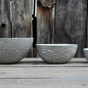 szare ceramika wyjątkowy zestaw trzech mis z szarej gliny
