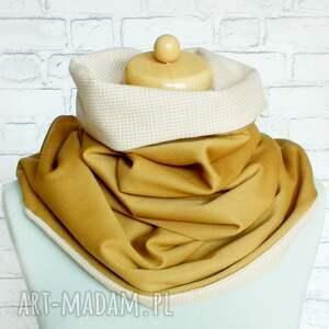 brązowe chustki i apaszki szal chusta zapinana