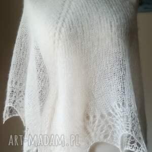 wyraziste chustki i apaszki rękodzieło jedwabna mgła w bieli
