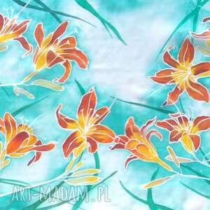 liliowiec chustki i apaszki pomarańczowe jedwabny szal malowany w liliowce