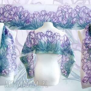 Ręcznie malowany szal Krokusy z naturalnego jedwabiu w odcieniach fioletu