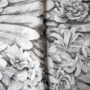szal ze skrzydłami chustki i apaszki ręcznie rysowany jedwabny