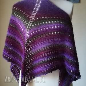 eleganckie chustki i apaszki rękodzieło chusta wykonana ręcznie na drutach