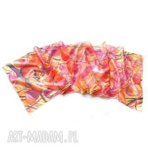 różowe chustki i apaszki jedwab szal jedwabny jesienne liście
