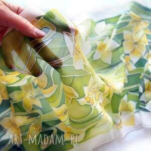 MinkuLUL handmade chustki i apaszki żonkile na jedwabnym szalu ręcznie